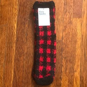 NWT Old Navy buffalo check cozy socks one size